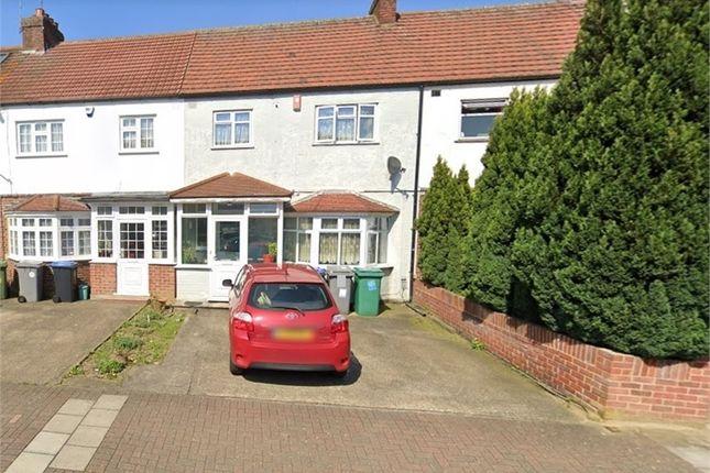 3 bed terraced house to rent in Oakdale Avenue, Harrow, Middlesex, UK HA3