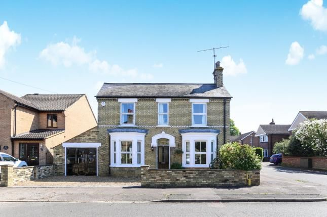 Thumbnail Detached house for sale in The Avenue, Sandy, Bedfordshire