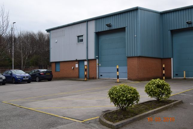 Industrial to let in Unit 5, South Leeds Trade Centre, Belle Isle Road, Leeds