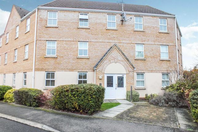 Flat for sale in Woodcock Road, Royston