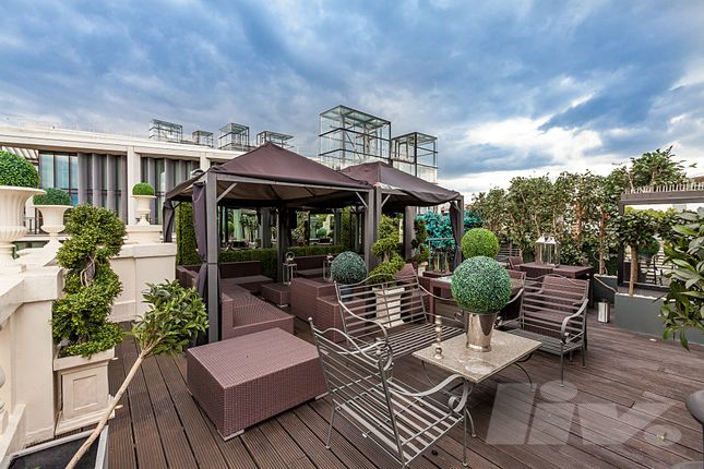 Thumbnail Penthouse to rent in Wellington Court, Knightsbridge, Knightsbridge
