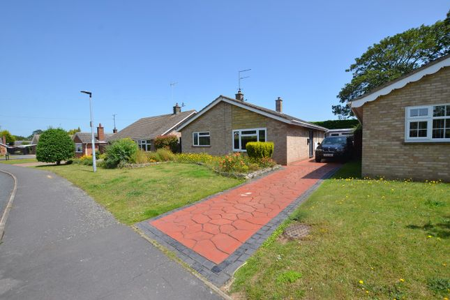 Thumbnail Bungalow to rent in Valence Road, Orton Waterville, Peterborough