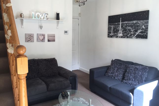 Thumbnail Mews house to rent in Northenden Road, Sale