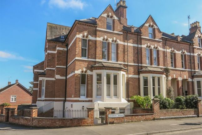 Thumbnail Flat to rent in Milverton Terrace, Leamington Spa