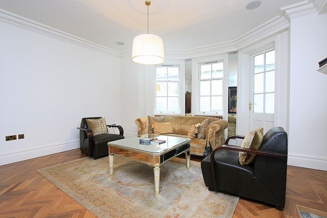 Thumbnail Terraced house to rent in Chesterfield Street, Mayfair