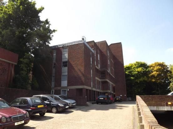 Thumbnail Flat for sale in Downs Road, Luton