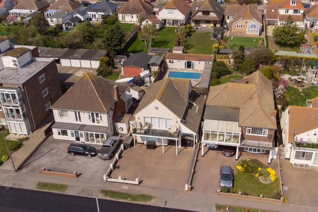 Thumbnail Detached house for sale in Kings Parade, Holland-On-Sea, Clacton-On-Sea