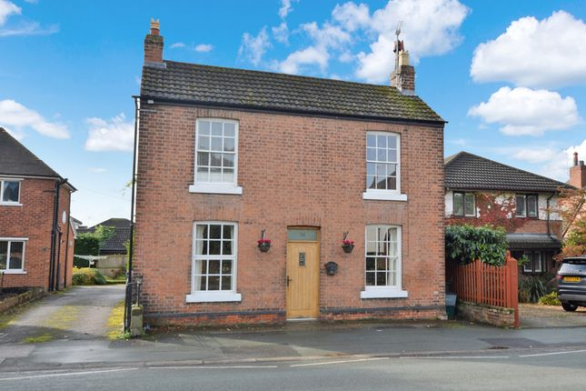 Thumbnail Cottage for sale in Whitchurch Road, Great Boughton, Chester