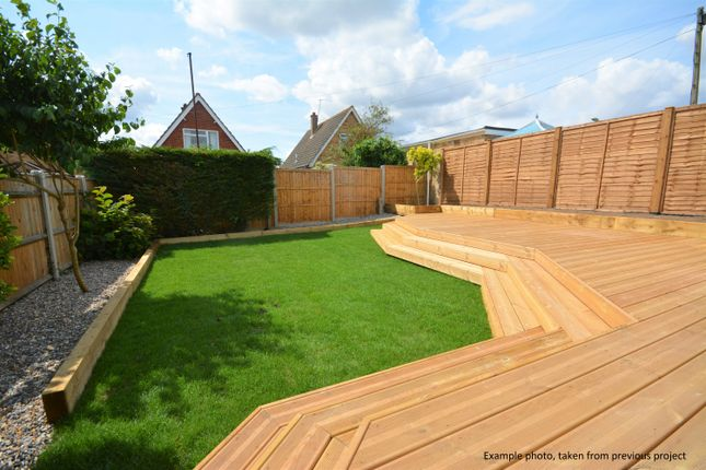 Thumbnail Detached bungalow for sale in Norwich Road, Ditchingham, Suffolk