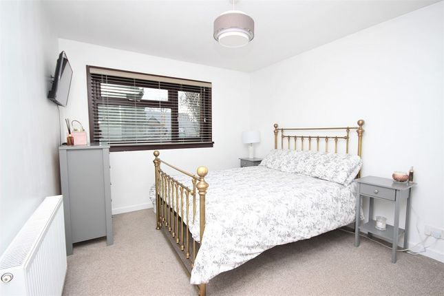 Bedroom 1 of Barnsdale 12 Resaurie, Inverness IV2