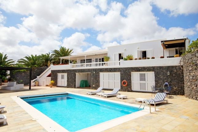 Thumbnail Property for sale in Puerto Calero, Lanzarote, Spain