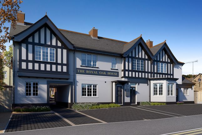 Thumbnail Flat for sale in Forest Road, Loughton