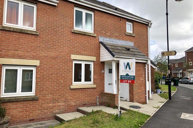 2 bed flat to rent in Main Street, Buckshaw Village, Chorley