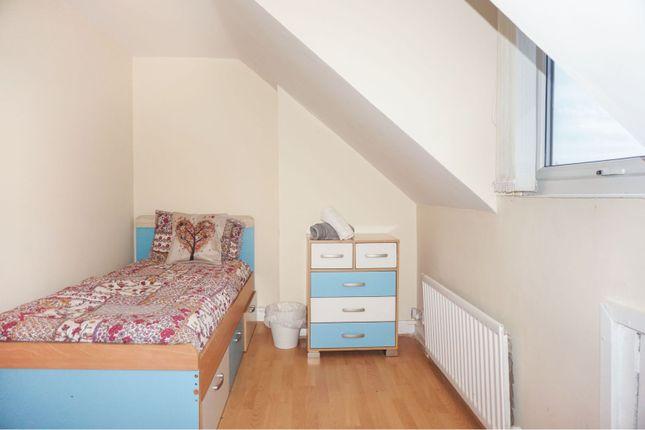 Bedroom Five of Derby Road, Salford M5