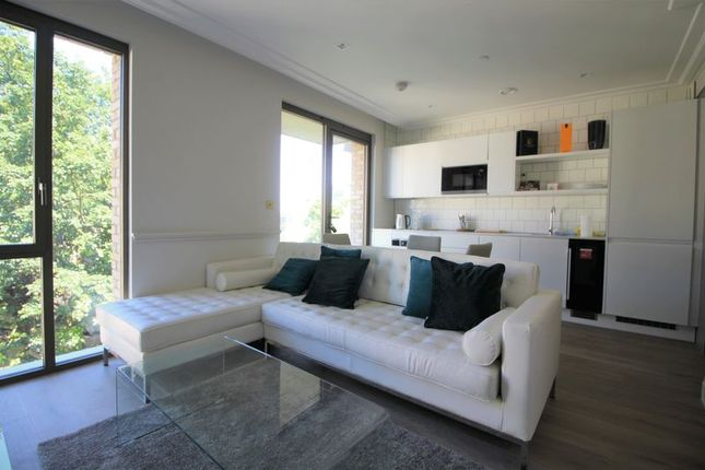Thumbnail 1 bed flat for sale in Queens Wharf, Crisp Road, London
