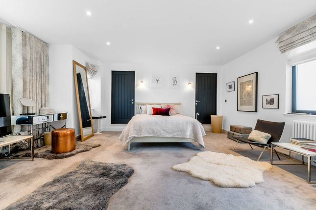Thumbnail Property for sale in Whittlebury Mews West, Primrose Hill