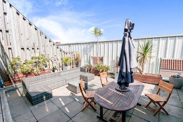 2 bed flat for sale in Portland Street, Brighton BN1