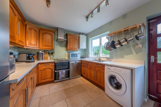 Kitchen of Deans Close, Tarvin, Chester CH3