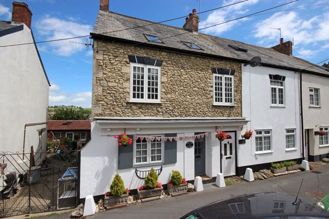 Thumbnail Cottage for sale in Lower Church Street, Colyton