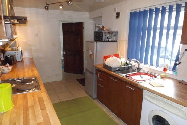 Thumbnail Property to rent in Seventh Avenue, Newcastle Upon Tyne
