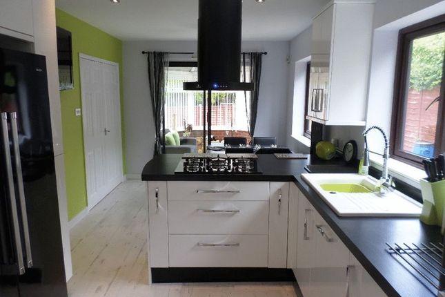 Thumbnail Property to rent in Waterloo Close, Ketley, Telford