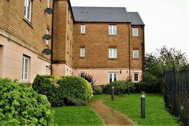 Thumbnail Flat to rent in Philip Sidney Court, Chafford Hundred, Grays