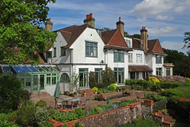 Thumbnail Property for sale in Merrywood Grove, Lower Kingswood, Tadworth