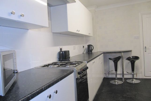 Thumbnail Terraced house for sale in Newcomen Street, Hull