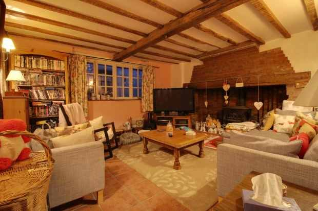 Thumbnail Detached house for sale in Benover Road, Maidstone, Kent