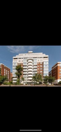 2 bed flat to rent in Abbey Road, St Johns Wood, London NW8