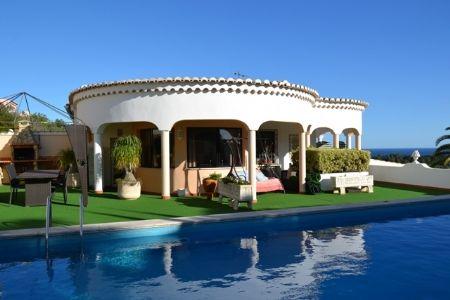 Thumbnail Villa for sale in Burgau, Western Algarve, Portugal