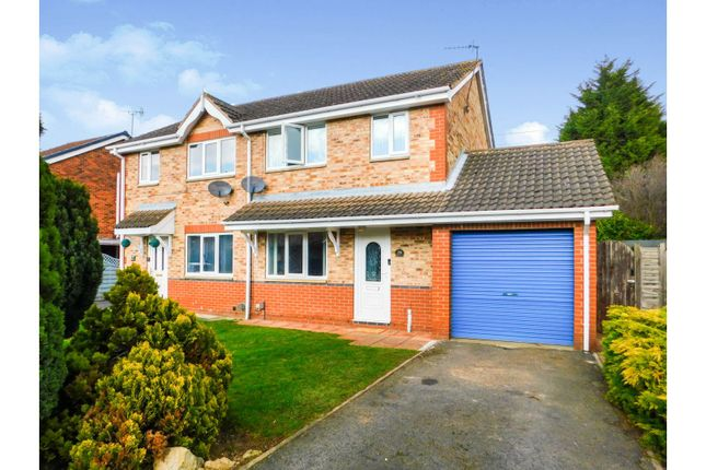 3 bed semi-detached house for sale in Betony Close, Scunthorpe DN15