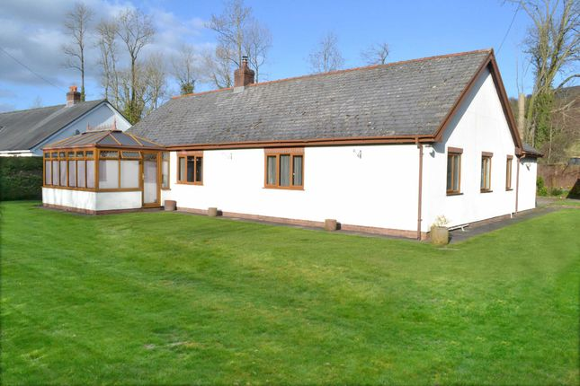 Thumbnail Bungalow for sale in Llandinam, Powys
