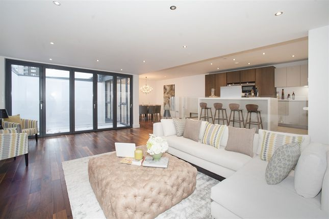 Thumbnail Property for sale in W12