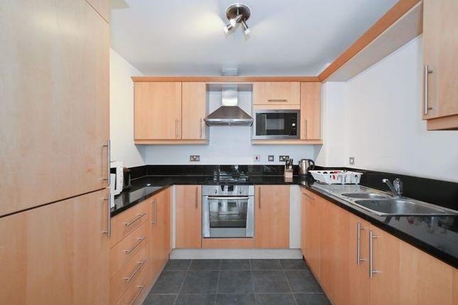 Photo 13 of Moore House, Canary Wharf E14