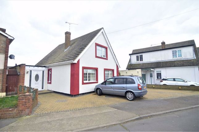 Thumbnail Detached house to rent in St. Agnes Drive, Canvey Island, Essex