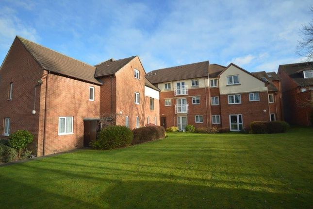 Thumbnail Flat to rent in Stratford Road, Hall Green, Birmingham