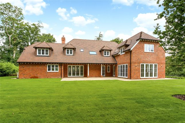 Picture No. 18 of Wick Hill, Finchampstead, Wokingham, Berkshire RG40