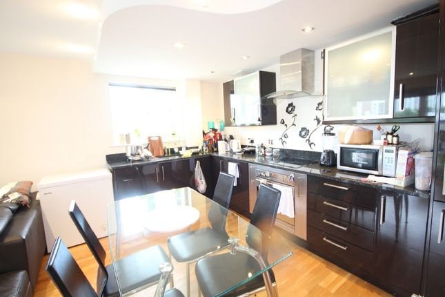 Thumbnail Flat for sale in Cuba Street, Docklands