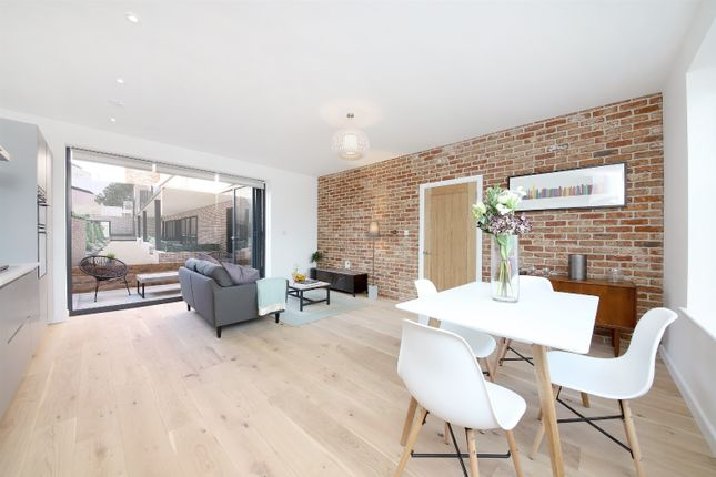 Thumbnail Property for sale in Upper Tulse Hill, London