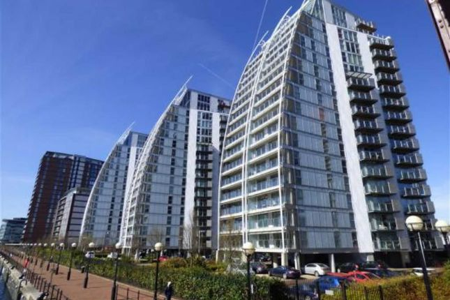 Thumbnail Flat to rent in 100 The Quays, Salford
