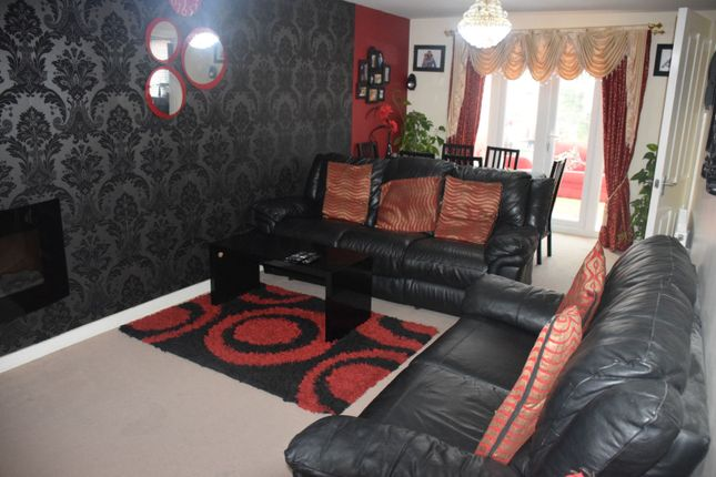 Thumbnail Detached house to rent in Stillington Crescent, Leicester