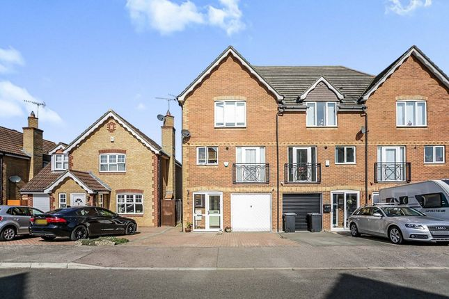 4 bed end terrace house for sale in Pentstemon Drive, Swanscombe DA10