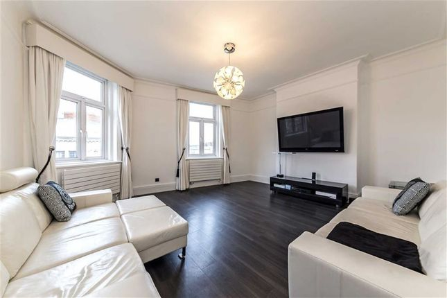 3 bed flat for sale in Hammersmith Road, London