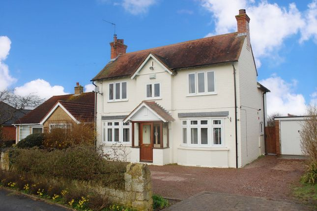 Thumbnail Detached house for sale in Cleeve Road, Marlcliff, Bidford-On-Avon, Alcester