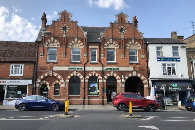 Thumbnail Commercial property for sale in Cornmarket, Thame, Oxfordshire