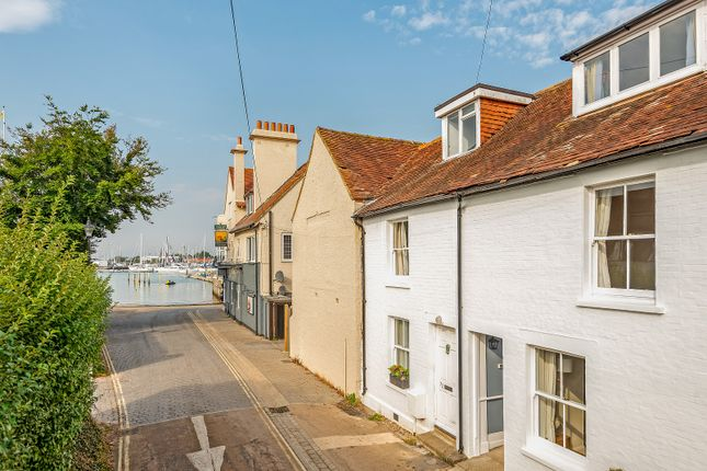 Thumbnail Cottage for sale in Shore Road, Warsash