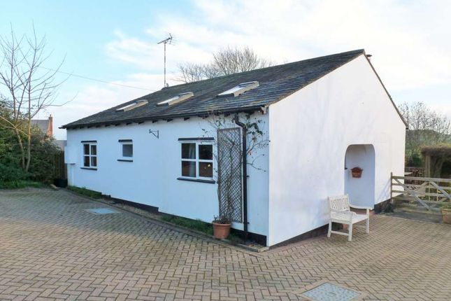 Thumbnail Detached bungalow to rent in Vicarage Road, Napton, Southam