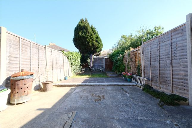 Picture No. 24 of Park Terrace, Greenhithe, Kent DA9