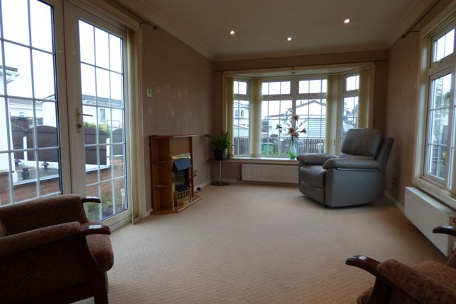 Lounge of Five Acres, Gibbet Hill Lane, Scrooby, Doncaster DN10